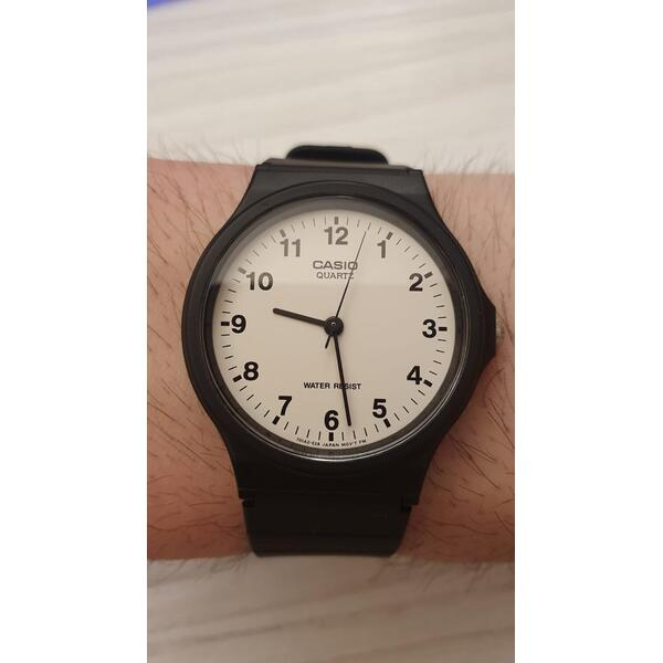 just-a-simple-photo-of-my-watch
